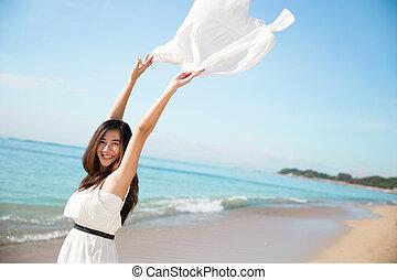 mulher, natureza, braços, asiático, desfrutando, abertos