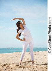 mulher, praia, asiático, exercício, grávida