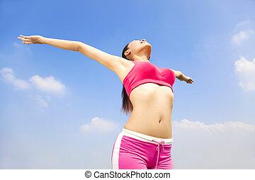 mulher relaxando, cima, jovem, bonito, mãos