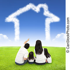 nuvens, prado, família, sentando, casa, feliz