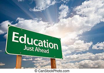nuvens, sobre, sinal, verde, educação, estrada