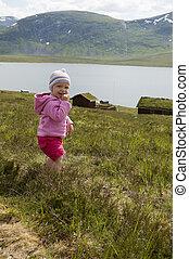 old), montanha, (20, cabanas, lago, alpino, toddler, cute, paisagem, registro, experiência., meses
