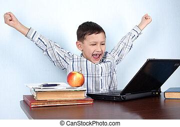 ou, vencedor, lição, menino jogo, computador, aprendizagem