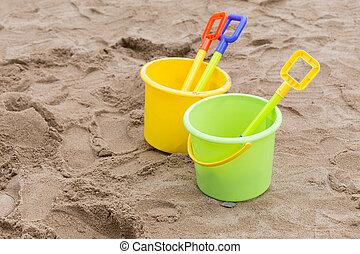 pá, balde, criança, brinquedos areia, tocando