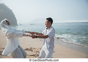 par, muçulmano, praia, junto