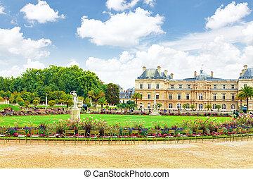 paris, palase, france., luxemburgo