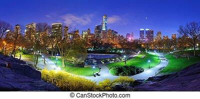 parque central, noturna