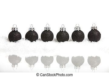 pequeno, bolas, seis, árvore, neve, experiência preta, espelhado, christmas branco