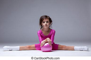pequeno, ginasta, estúdio, divisão, posar, adorável