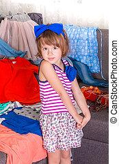 pequeno, lote, dela, criança, clothes., escolher, wardrobe., novo, menina, vista