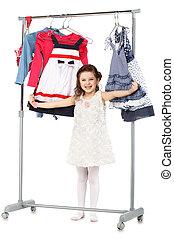 pequeno, na moda, chooses, guarda-roupa, menina, roupas