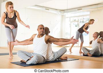 pessoas, estúdio, prática, ioga, sócio