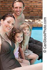 piscina, natação, ao lado, família, feliz