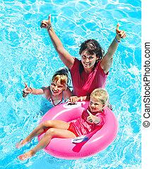 pool., natação família