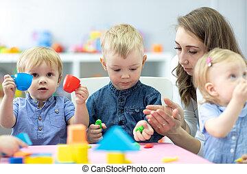 professor, jogo, toys., moldado, children., pequeno, crianças, argila