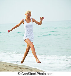 pular, mulher, praia, feliz, jovem