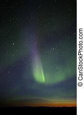 raia, visible., coloridos, green-purple, aurora, poderoso, however, horizon., estrelas, muitos, fase, fim, ainda, crepúsculo, sobre, exposição, enough.