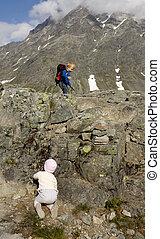 rauma, montanhas., alto, pequeno, escalando, noruega, crianças
