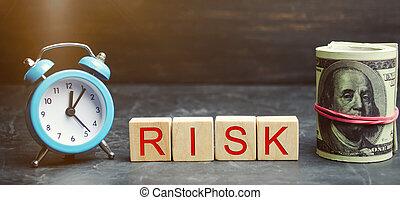 relógio, risk., project., insurance., financeiro, justificado, conceito negócio, fazer, legal, risks., palavra, decision., riscos, investir, madeira, propriedade, blocos, direita, dinheiro, /, mercado