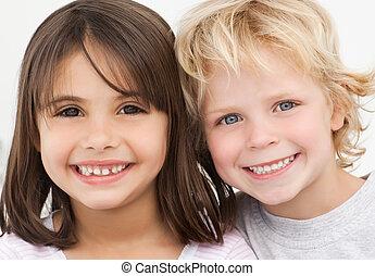 retrato, crianças, cozinha, dois, feliz