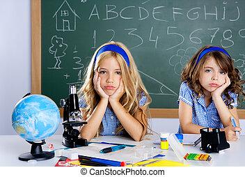 sala aula, escola brinca, estudante, escrivaninha, aborrecido