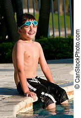 sentada, piscina, criança