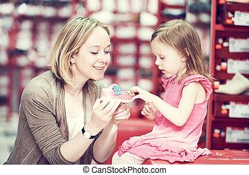 shopping, sapatos, família, calçado, escolher, criança
