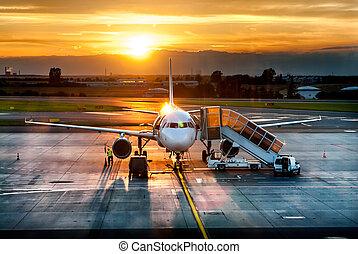 terminal, aeroporto, pôr do sol, avião