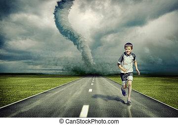 tornado, corrida menino