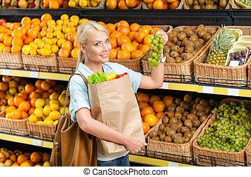 uva, legumes, saco, escolher, mãos, fresco, menina