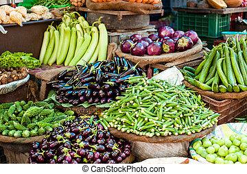 vender, fazendeiro, legumes, asiático, fresco, mercado