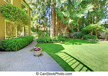 verão, jarda, marrom, house., costas, grande, verde