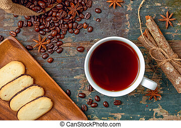 xícara café, rústico, morno, feijões, assado, tabela