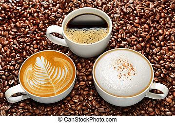 xícaras café, feijões